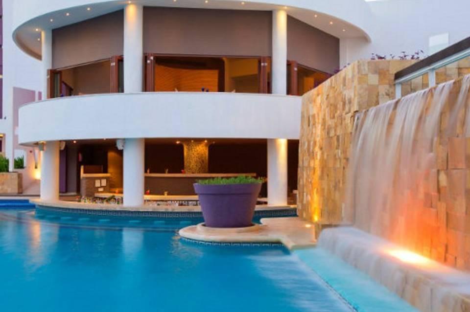 Krystal Grand Cancun Hlx